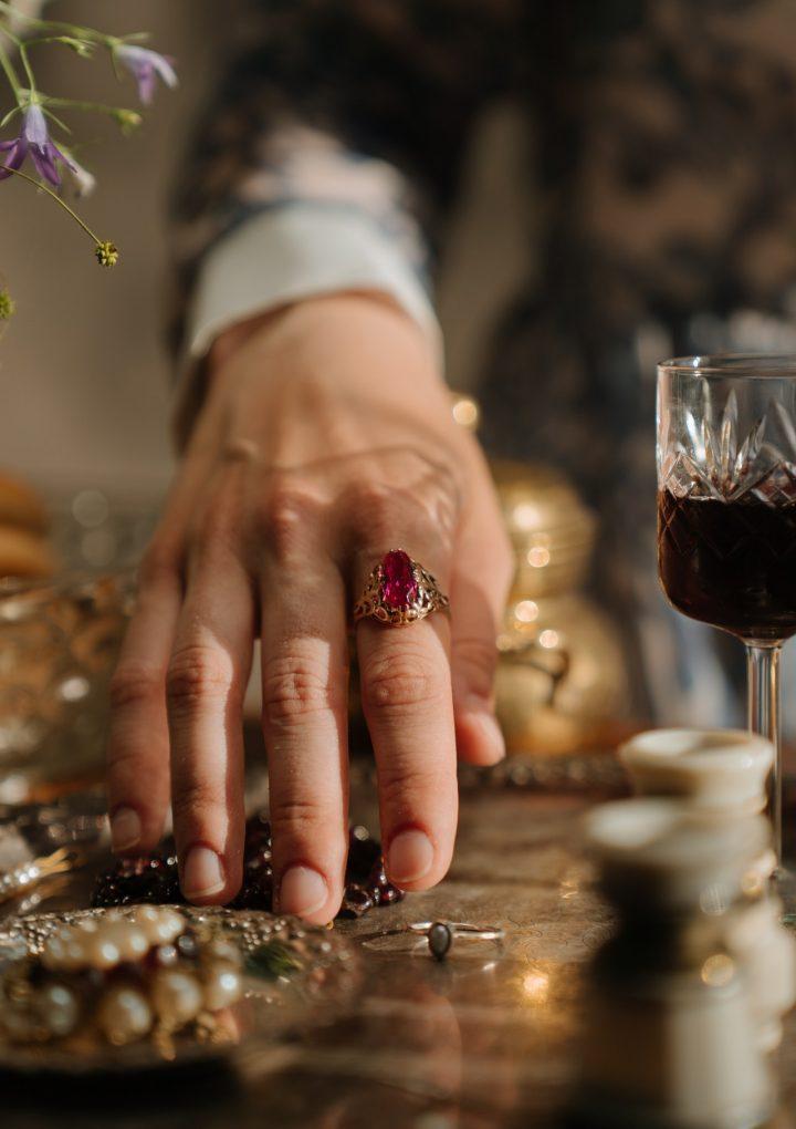 想進行訂制珠寶那就看看珠寶訂制推薦吧,你不會失望的